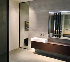 Wohlfühloase Bad. Durch die angewendete Spachteltechnik an der Wand und den minimalistischen aber eleganten Badmöbel wurde dieser Raum in eine richtige Wellnessoase umgewandelt. I Paddy Artist Interiors .  . . . . #bad #spachteltechnik #bathroom #elegantlook #newlook #amazing #interior #wood #instagood #details #designgoals #newdesign #exclusivedesign #new #design #interiorgoals #artist #loveit #perfect #amazing #ilovemyjob #ideas #interior4all #consulting #instalike #unique #modern… Elegant, Bathroom Lighting, Bathtub, Mirror, Modern, Furniture, Design, Home Decor, Minimalist