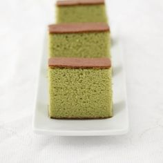 Matcha green tea castella cake. A Japanese sponge cake that is bouncy and moist and doesn't use oil.