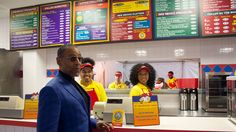 Fans in New York and Los Angeles can taste Gus' famous Los Pollos Hermanos curry fries in new pop-up restaurants for Better Call Saul Season. Breaking Bad, Burritos, Chicken Spot, Gus Fring, Pop Up Restaurant, Curry, Tv Land, Nyc, Favorite Tv Shows