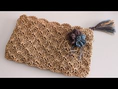 Papierstich Shell Stitch Clutch Bag Making - çanta - Crochet Clutch, Crochet Handbags, Crochet Purses, Crochet Bags, Diy Bags Purses, Diy Purse, Armband Tutorial, Crochet Star Stitch, Gold Armband