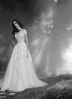 Thalia wedding dress from Zuhair Murad wedding dresses Fall 2016 - Beautiful lace detail wedding dress - see the rest of the collection on www.onefabday.com