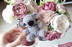 Free Koala crochet amigurumi. Koko by Jeannine Gabrielle ༺✿ƬⱤღ http://www.pinterest.com/teretegui/✿༻
