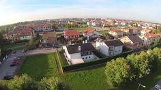 A #Rovigo è nato un nuovo quartiere completamente immerso nel verde, una vera e propria città giardino. http://magazine.ferratisrl.it/2017/03/16/citta-giardino-rovigo/