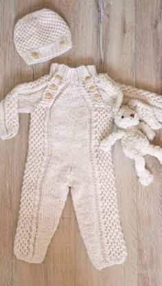 Knitting Pattern For Toddler Overalls : 1000+ images about knitted on Pinterest Knitting patterns, Free knitting an...