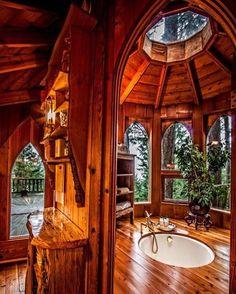 An @epic treehouse bathroom