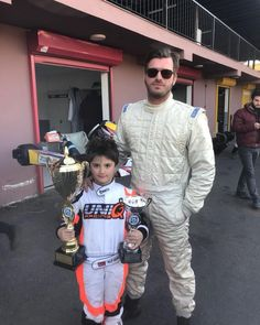 Our racer is at it again, but this time he is spotted with a young fan at the Actor Model, Turkish Actors, Istanbul, Gentleman, Handsome, Hipster, Punk, Celebrities, Singers