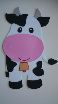 10 Bartolinho A Fazenda Do Zenon Ideas Farm Animal Crafts, Farm Crafts, Animal Crafts For Kids, Preschool Crafts, Preschool Colors, Decoration Creche, Decoration Party, Animal Cutouts, Barnyard Animals