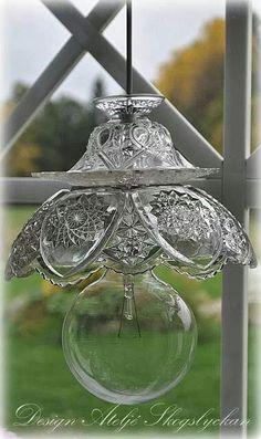 Lighting Diy Chandelier Thrift Stores New Ideas Glass Garden Art, Glass Art, Glass Lamps, Clear Glass, Diy Luz, Diy Luminaire, Decoration Shabby, Recycling, Diy Chandelier