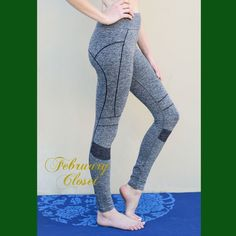 Active Wear Leggings (M/L) Seamless workout leggings. Fabric: 60% Nylon, 32% Polyester, 8% Spandex. Fits Sizes M/L. Color: Grey. Other size listed. Pants Leggings