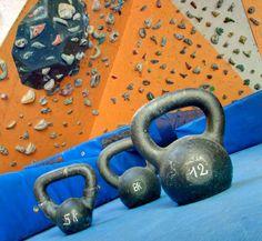 RSTK: Instalaciones: El Muro y La Sala de Boulder Rock Climbing Gym, Kettlebell, Gym Equipment, Walls, Kettlebells, Workout Equipment
