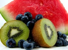 Summer is a great time to indulge in fruits that can help improve our health!