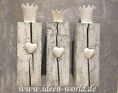 Deko Unikate mit Herz - Glas ideen - Nativity Diy How to Make Christmas Ornaments To Make, Christmas Diy, Christmas Decorations, Arte Shabby Chic, Crown Pictures, Crown Decor, Diy Nativity, Art Deco Bedroom, Decorating Tools