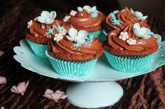 Kakkuviikarin vispailuja!: Suklaakuppikakut