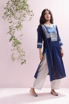Indigo Embroidered Yoke Kurta – Sampada