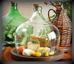 Reciclando potes de vidro e garrafas                                                                                                                                                                                 Mais