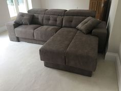 Versatile modern sofa with chaise. The habitat sofa offers sliding seats with storage to adjust the depth of seating. Chaise lounge can be deployed as an extra corner seating or a single bed with mattress cover. Armrest can also be deployed as extra seating. Delivered to our client in Surrey. Corner Seating, Corner Sofa, Modern Sofa, Modern Bedroom, Sofa Bed Mattress Cover, Leather Bed, Extra Seating, Sofa Design, Surrey