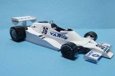This F1 paper car is a 1978 GP Brazil Arrows FA1 (driven by Riccardo Patrese), a Formula One racing car used by the Arrows team during the 1978 Formula One