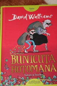 Bunicuta hotomana - carte amuzanta pentru copii