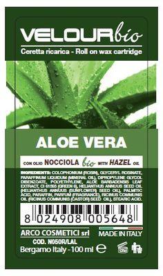 Cera a rullo-Ceretta Roll On all'Aloe vera-Bio Velour-100ml con Olio di NOCCIOLA BIOLOGICO (emolliente, antiossidante, vasoprotettore). Cera in gel dal tatto morbido e setoso che la rendono una cera ricca di principi nutritivi per la pelle. Si stende in strato sottile e consente una depilazione decisamente conveniente. La particolare texture consente di ottenere uno strappo deciso proteggendo la cute dalle irritazioni. La pelle rimane liscia, morbida e protetta.