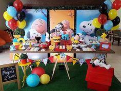 Adoro esse tema e as festas sao sempre fofas e coloridas! Snoopy by @upartsatelie  #kikidsparty