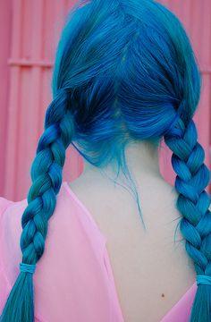 Ombré Hair, Dye My Hair, Hair Dos, Diy Hair, Pelo Multicolor, Dark Blue Hair, Gorgeous Hair, Beautiful, Coloured Hair