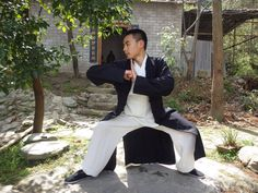 Ling from New Zealand practicing Kung Fu at the Wudang Traditional Martial Arts School., http://wudangmartialarts.com/