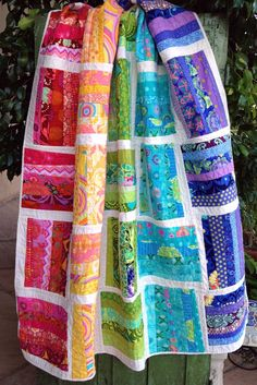 Shades of Summer quilt pattern (quilt-as-you-go)great scrap quilt idea