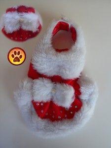 vestido para una perrita toys  con un vestido de Mamá Noel