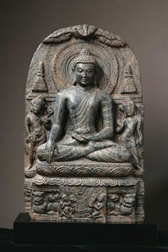 """The Buddha & The Sacred Site"" @ Asia Society - Eloge de l'Art par Alain Truong Lotus Buddha, Art Buddha, Buddha Statues, Temple Indien, Temples, Asia Society, Buddha Sculpture, Gautama Buddha, Ancient Art"