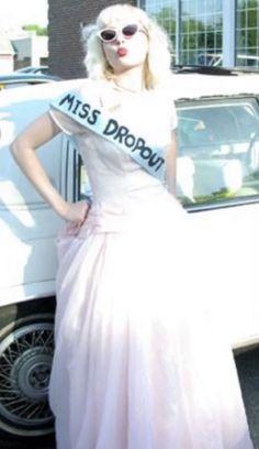 Steam Punk, Festivals, Whatever Forever, 80s Prom, Riot Grrrl, Prom Queens, Nice Dresses, Formal Dresses, Foto Instagram