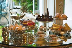 Traditional English afternoon tea.     http://www.travelenvogue.com/specials-and-reviews/view/66/San-Francisco-Tea-Services#