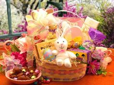 The Easter Extravaganza gift basket carries more than your loving Easter greetings. Inside this pastel colored Easter basket, you'll find an amazing assortment of chocolates and candies to tempt the most discriminating Roses Valentine, Valentines, Fashion Bubbles, Easter Gift Baskets, Easter Chocolate, Chocolate Rabbit, Cadbury Chocolate, Chocolate Fudge, Chocolate Lovers