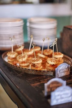 Wedding Trends Chicken 'n' Waffle Sliders are a must for your brunch wedding. - Brunch is a day drinker's sweet spot! Wedding Reception Food, Brunch Wedding, Wedding Catering, Wedding Menu, Wedding Ideas, Trendy Wedding, Wedding Trends, Unique Wedding Food, Catering Menu
