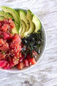 Discover recipes, home ideas, style inspiration and other ideas to try. Ahi Tuna Recipe, Sushi Recipes, Seafood Recipes, Healthy Recipes, Diet Recipes, Hawaiian Poke Bowl, Hawaiian Dishes, Tuna Dishes, Ahi Tuna Poke