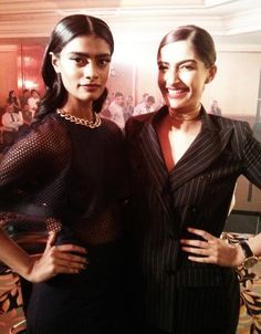 And we're HAPPY! Watch this fun video full of fashionable #Bollywood belles, including model Archana Akil Kumar and the lovely Sonam Kapoor at the Grazia Young Fashion Awards 2014.