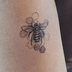Reposting from /r/tattoos my bee-utiful Honey Bee tattoo done by Andrew Trueman @ Flowx Tattoo Hand Tattoos, Flower Tattoos, Body Art Tattoos, Small Tattoos, Sleeve Tattoos, Bee And Flower Tattoo, Tatoos, Modern Tattoos, Weird Tattoos