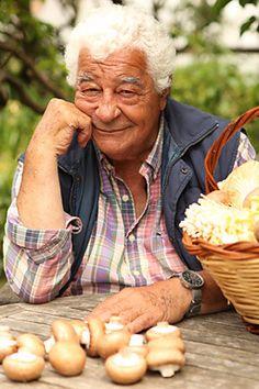 Antonio Carluccio -- An inspirational Italian chef - donpepino.com #chef #cook #masterchef