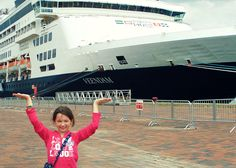 Holland American Veendam: Embarkation & Quebec City Overnight #HALCruises
