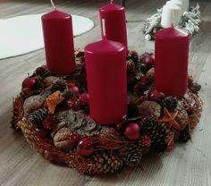 Christmas advent wreath. Red&Orange