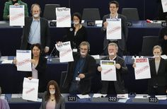 El Consejo de Europa le hizo saber hoy a Hungría que su ley de medios viola el derecho a la libertad de prensa amparado por el Convenio Europeo de Derechos Humanos. Ver más en: http://www.elpopular.com.ec/47821-el-consejo-de-europa-le-reprueba-a-hungria-su-ley-de-medios.html?preview=true