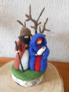 Felt Christmas Ornaments, Christmas Crafts, Christmas Decorations, Felt Crafts, Diy And Crafts, Cork Art, Nativity Crafts, General Crafts, Waldorf Dolls