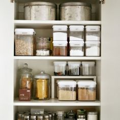 10 Brilliant (and budget-friendly) organizing ideas for the home. (via chezlarsson) #dwellinggawker