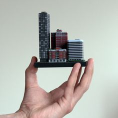 Real Life SimCity – 3D Printed Miniature City Building Platform Takes Shape http://3dprint.com/12806/ittyblox-simcity-3d-printed/