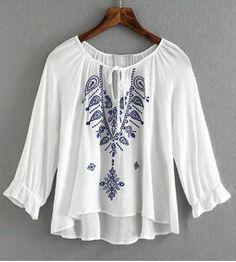 Women's Stylish Scoop Neck Bell Sleeve Print Blouse