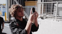 ash takes his selfies v seriously