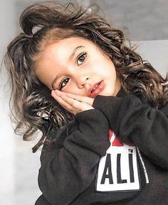 Cute Little Girls Outfits, Cute Little Baby, Pretty Baby, Kids Outfits, Cute Mixed Babies, Cute Babies, Baby Kids, Cute Baby Girl Images, Cute Baby Pictures