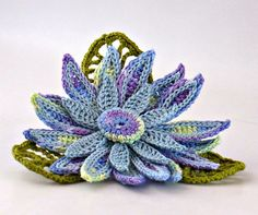 Crochet Brooch Irish Crochet Pin Daisy Blue by Nothingbutstring