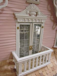 Idea For Miniature Dollhouse Front Porch I Like The