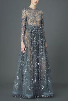 What Queen Larra (Rogare) Targaryen would have worn, Valentino