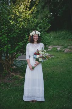 a delightful farm wedding that could warm any stone-cold heart (seriously) Laid Back Wedding, Farm Wedding, Wedding Stuff, Wedding Signs, Modest Wedding Gowns, Wedding Dress Sleeves, Wedding Frocks, Country Wedding Photos, Special Dresses